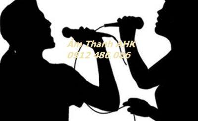 Micro hát karaoke